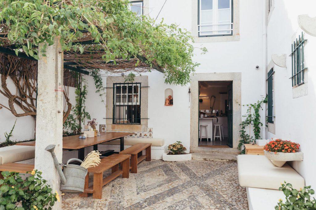 Legasea Cascais Guesthouse Entrance
